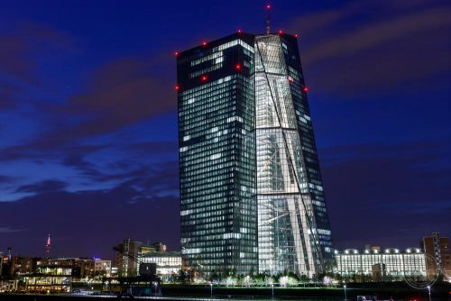 frankfurt ezb nacht banken euro europa skyline